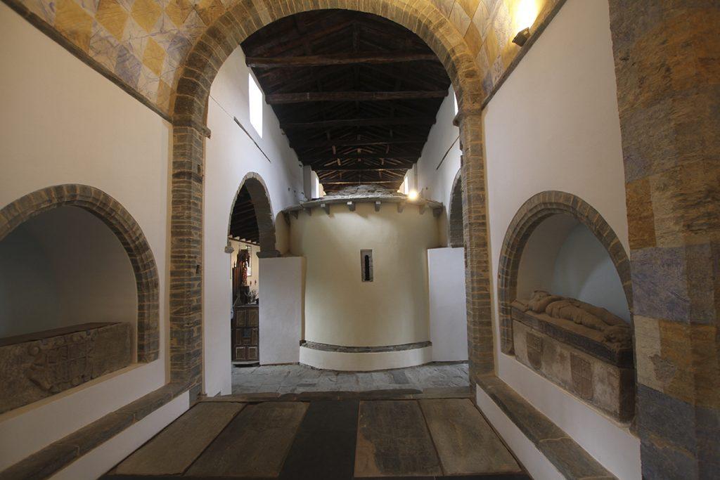 Interior desde la capilla de San Juan